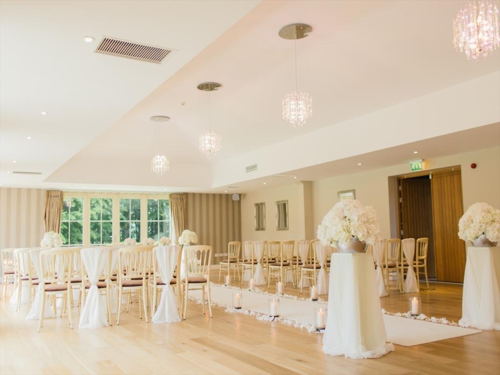 結婚式場,ホワイト
